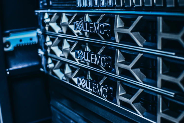 Virtual Private Server or Dedicated Server – Which Works Best For Your Business?